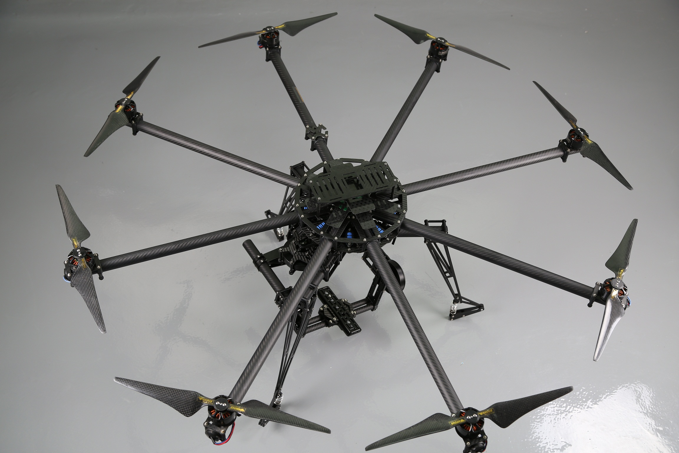 Octocopter with motors and props +BGC BG004 with 3pcs 8108motors